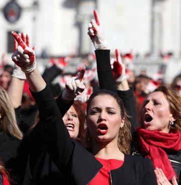 Una manifestazione contro la violenza alle donne (Foto d'archivio)