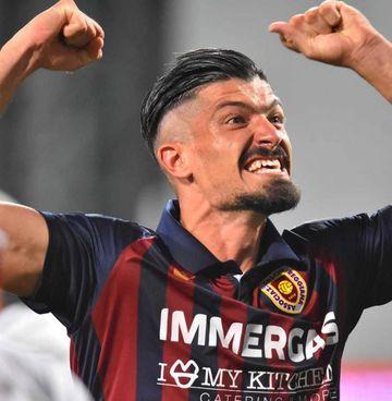 Ivan Varone, 28 anni, il giorno della promozione in Serie B