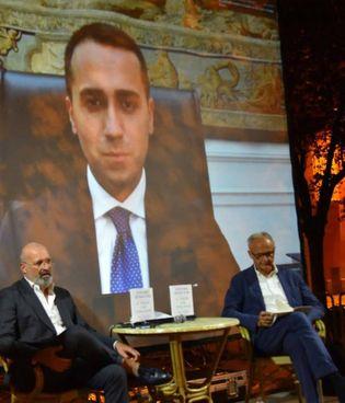 Il direttore di Qn - il Resto del Carlino Michele Brambilla e il governatore Bonaccini