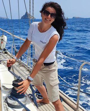 Giulia Maccaroni aveva. 29 anni ed era originaria di San Vito Romano Esperta di vela, era hostess di bordo