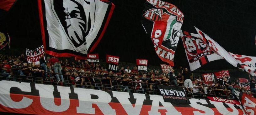 I tifosi del Milan hanno criticato l'aumento dei prezzi dei biglietti per le partite di Champions League. La società rivedrà le tariffe