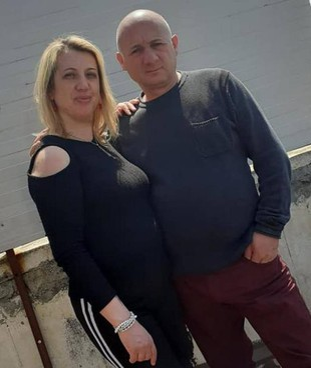 Ada Rotini, badante di 46 anni, è stata uccisa dal marito Filippo Asero, 47 anni, a Bronte, nel Catanese. Due settimane fa un altro femminicidio nella stessa provincia