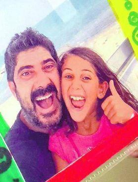 Francesco Compagnucci assieme alla figlia, Camilla, di nove anni La rabbia dopo l'accordo giudiziario