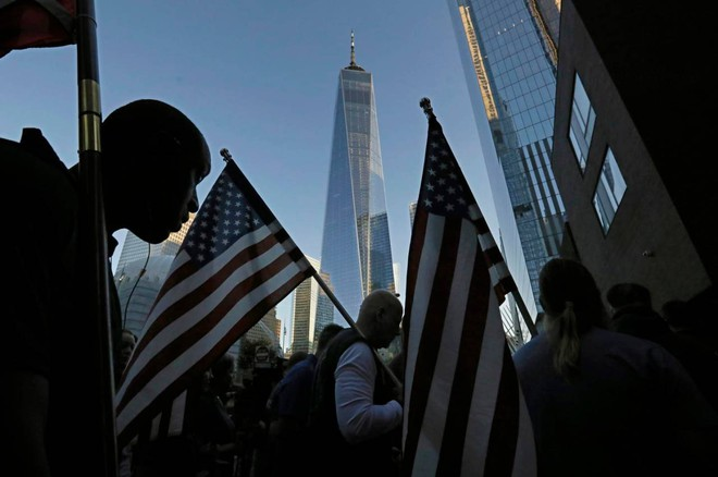 September 11, 20 years later: ceremony in New York.  Springsteen sings and moves