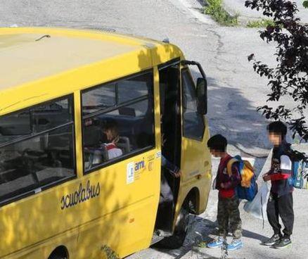 Uno scuolabus della Tundo (foto d'archivio)