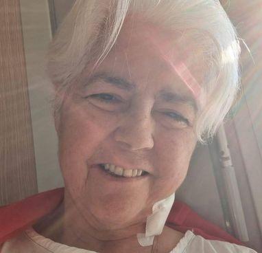 La scrittrice Roberta Mazzarini è stata ricoverata in ospedale: non si era vaccinata perché malat in dubbio per la sua malattia