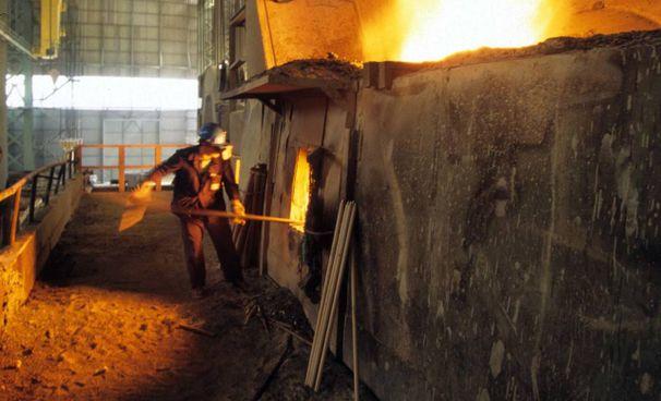 Un altoforno delle acciaierie di Terni: dopo oltre vent'anni la fabbrica torna in mani italiane