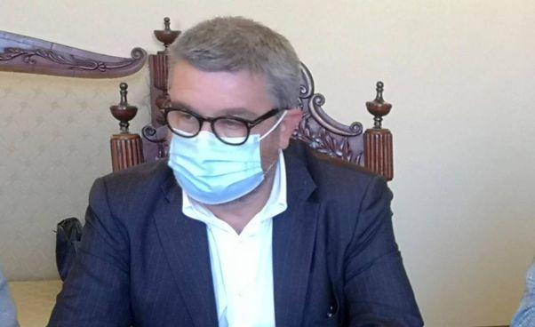 Il primo cittadino Massimo Olivetti