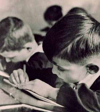 """""""Cuore"""" si presenta come il diario scolastico di un alunno di terza elementare"""