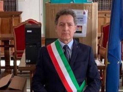 Il sindaco Barcaglioni è saltato dalla sedia davanti alla nota di Filisetti
