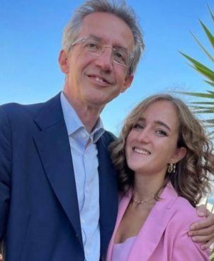 Gaetano Manfredi, 57 anni, e la figlia