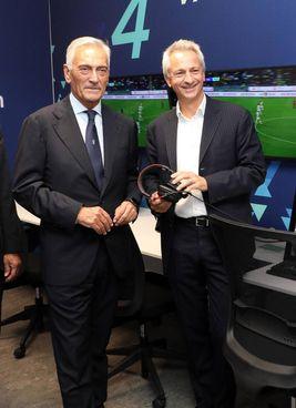 I presidenti della Figc Gabriele Gravina e della Lega Paolo Dal Pino in una Var room