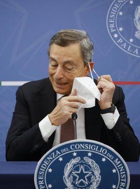 Il presidente del consiglio, Mario Draghi, 74 anni
