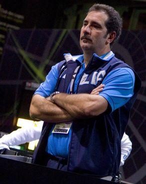 Stefano Cerioni è stato campione olimpico da atleta, e poi da ct dal 2005 al 2012. A destra con Elisa Di Francisca, Valentina Vezzali e Margherita Granbassi