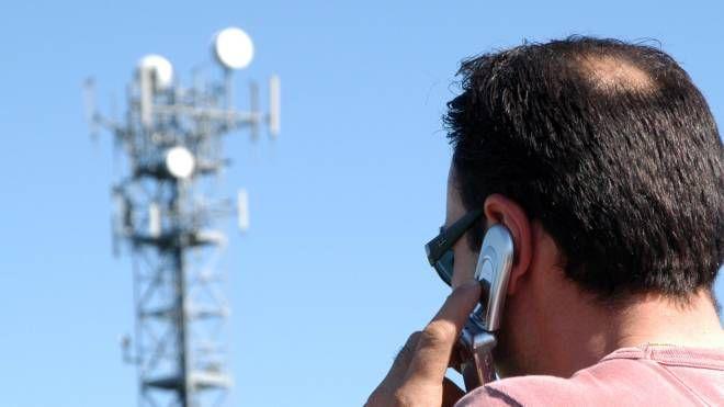 Un'antenna per la telefonia mobile (foto di repertorio)