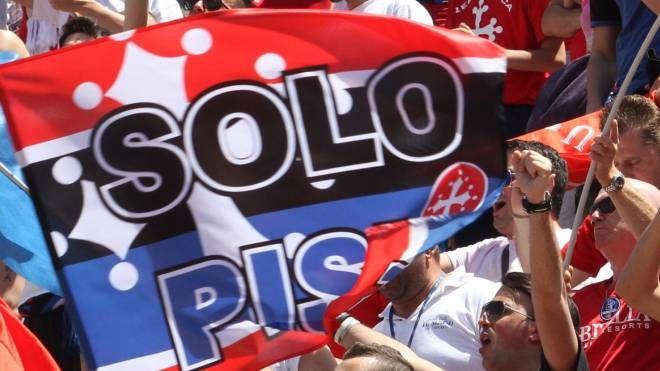 Tifosi del Pisa (foto Crocchioni)