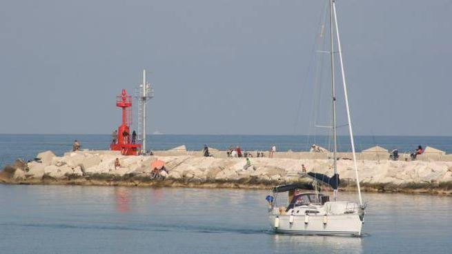 L'imboccatura del porto
