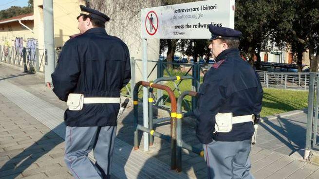 Due agenti della Polfer (Foto di repertorio Germogli)