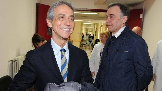 Enrico Desideri (a sinistra) con il governatore della Toscana Enrico Rossi