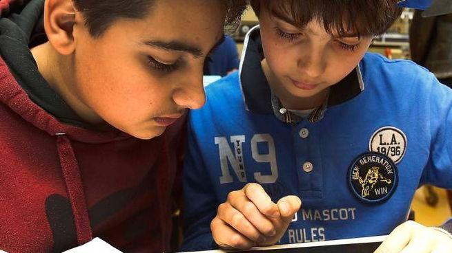 Si è concluso ieri  il secondo ciclo di lezioni di robotica al Sarrocchi (foto Di Pietro)