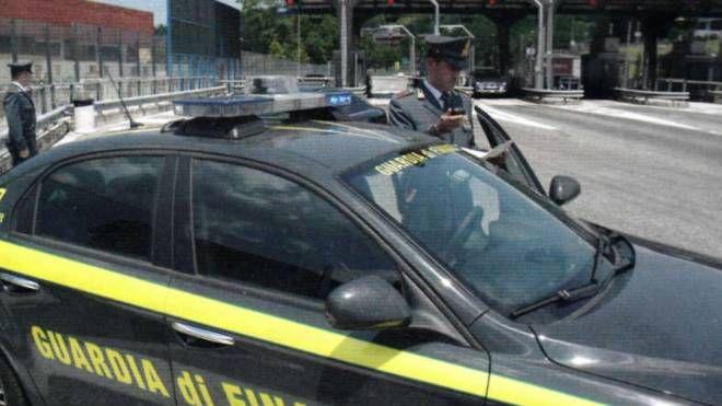 L'operazione è stata condotta dalla Guardia di finanza di Varese