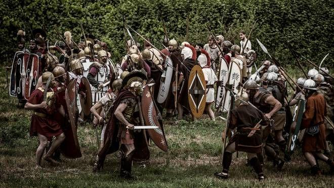 La battaglia da romani e cartaginesi (Fotoprint)