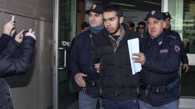 """Cosenza, arrestato foreign fighter. """"Contatti con l ..."""