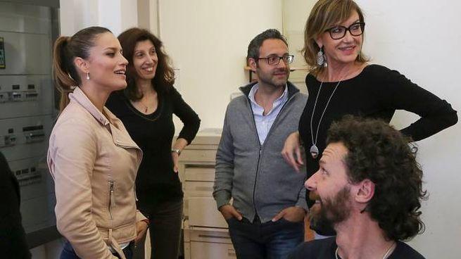 Lola Ponce in visita a «La Nazione Umbria» - Spettacoli ...