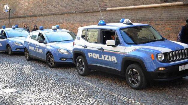 Ferrara, le foto del blitz della polizia al Gad