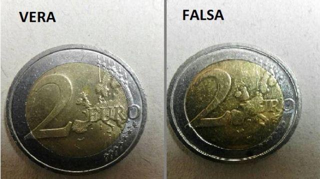 ce8ff15b59 Nel furgone un tesoro fasullo, cinese arrestato con 27mila monete ...