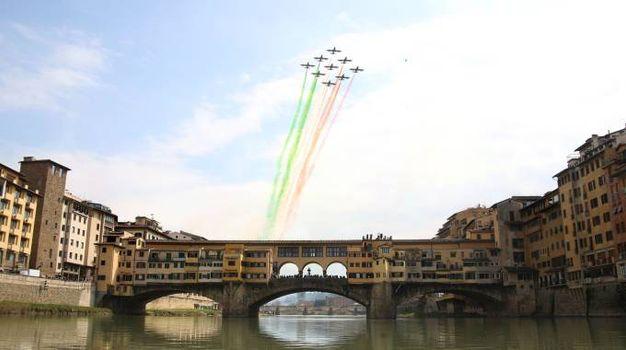 Frecce Tricolori A Firenze Show Al Piazzale Michelangelo Con L