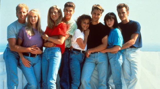 Luke Perry con il cast di Beverly Hills 90210 (Afp)