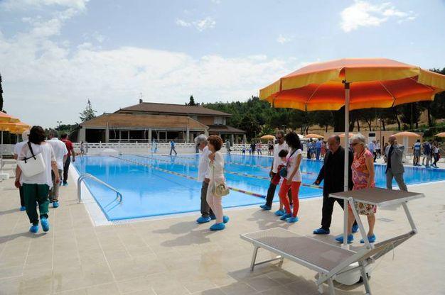Via Valenti, ecco la nuova piscina della Filarmonica - Cronaca ...