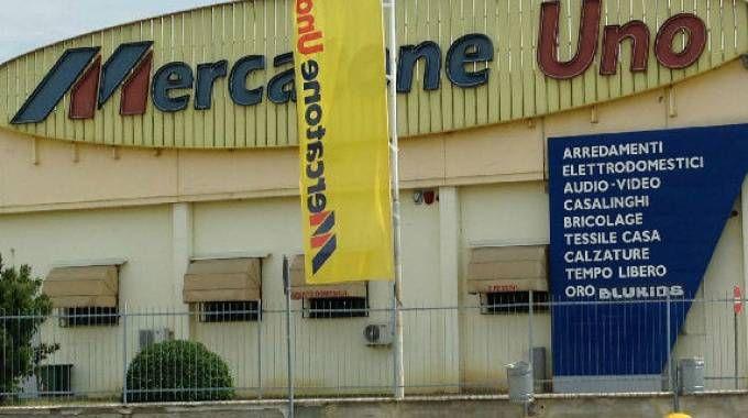 Lo stabile Mercatone uno di Madignano