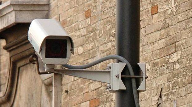 Una telecamera di sorveglianza