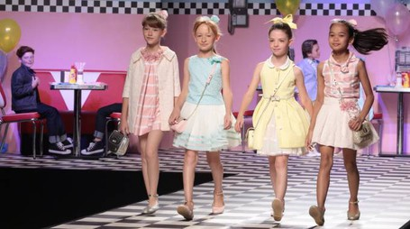 PRESSPHOTO. Firenze, Primo giorno di Pitti Bimbo. La sfilata di Children s Fashion From Spain. Foto di Edoardo Abruzzese/ New Press Photo