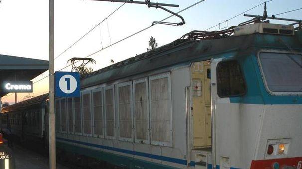 Treno in stazione a Crema
