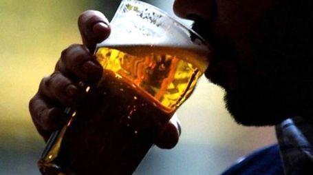 Alcol (Foto di repertorio Aprili)