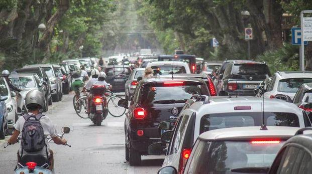 Traffico, foto generica (Pasqualebove)