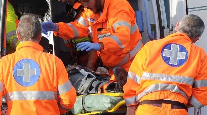 Nell'immagine di repertorio soccorritori in azione