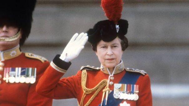 Elisabetta ii tutti i numeri della regina esteri for La regina elisabetta 2