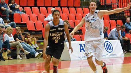 Livorno basket Trofeo Allianz partita Trento- Bologna