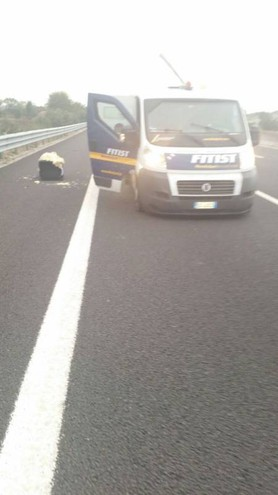 L'assalto in autostrada