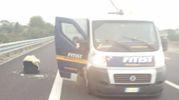 L'assalto in autostrada