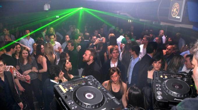 Una festa durante una scorsa edizione di Pitti Uomo (foto NewPressPhoto)