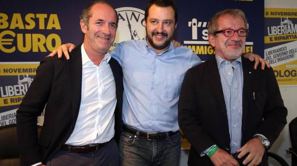 Luca Zaia, Matteo Salvini e Roberto Maroni al consiglio federale a Milano