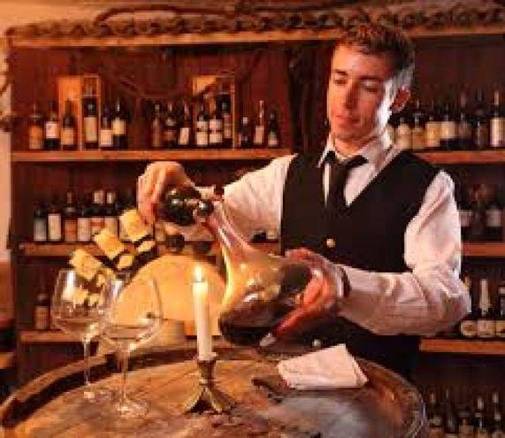 Gli antichi romani erano soliti bere il vino allungato con l'acqua