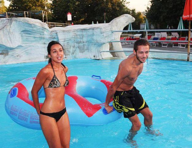 Marwa Klebi e Valentino Rossi all'Aquafan di Riccione