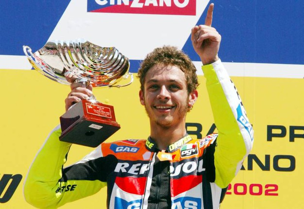 2002, riccioli d'oro sul podio del Mugello