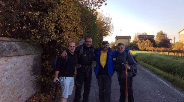 Il gruppo di pellegrini con Francisco Sancho e Domenico Bini